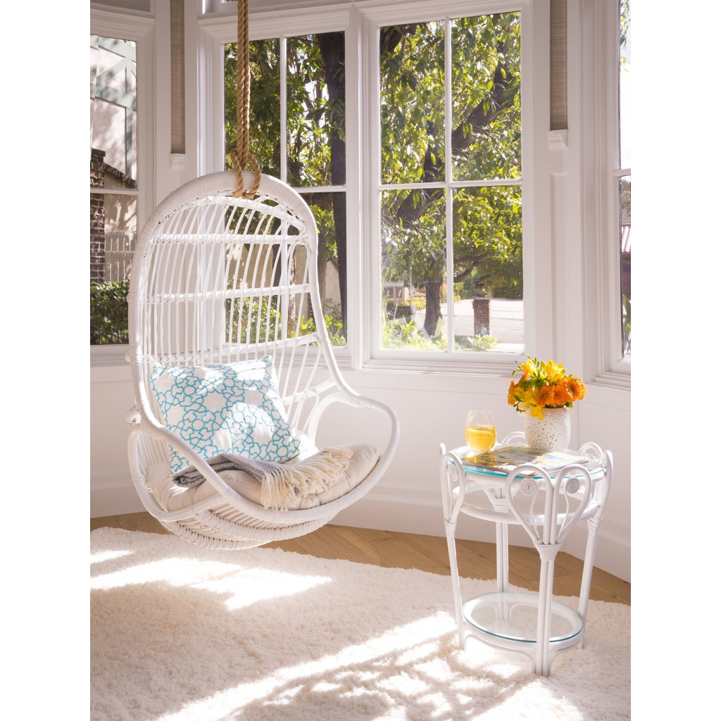 White Naturall Ratan Swing Chair Indoor