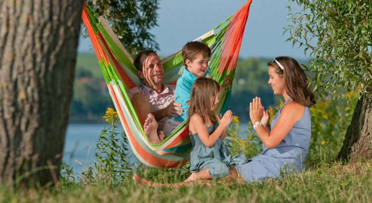 Outdoor Hammok Chair for the Whole Family