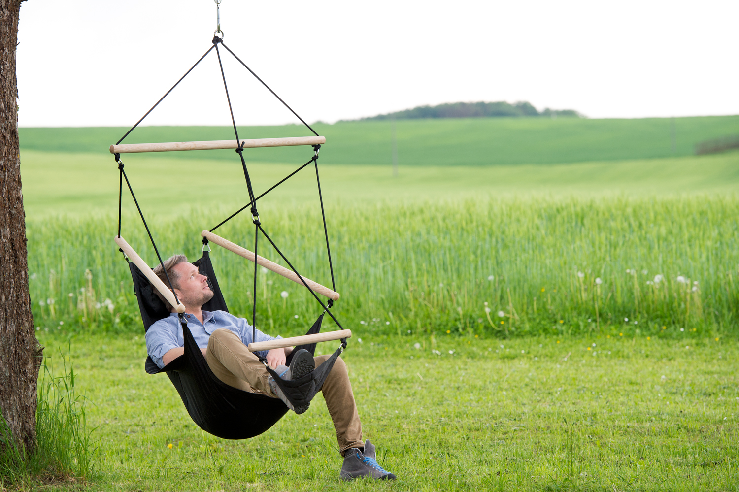 Outdoor Swinger Chair with footrest