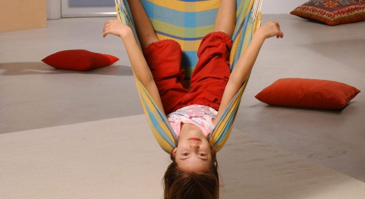 Reasons to Buy a Kids Hanging Chair