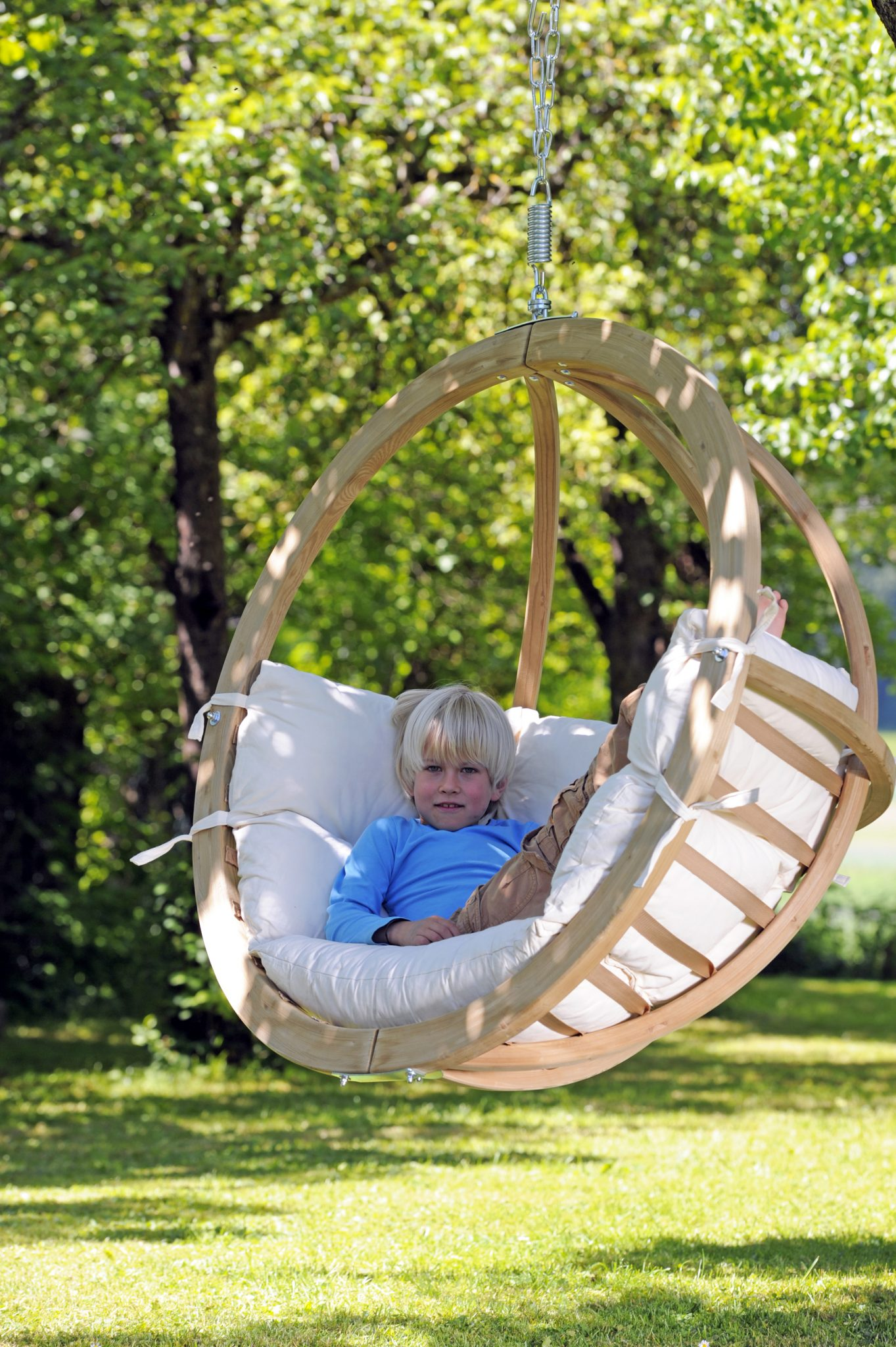 Hanging Globo Chair- Hanging from a Tree