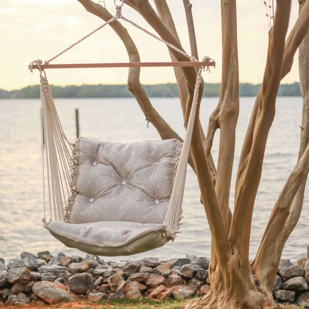 Outdoor Tufted Hammock Chair