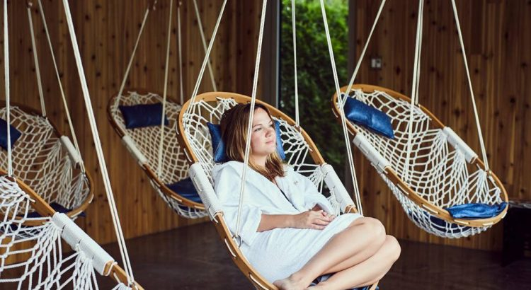 rope hammock chair with wooden frame & Review: Original Cobble Mountain Hanging Hammock Chairs with Footrest