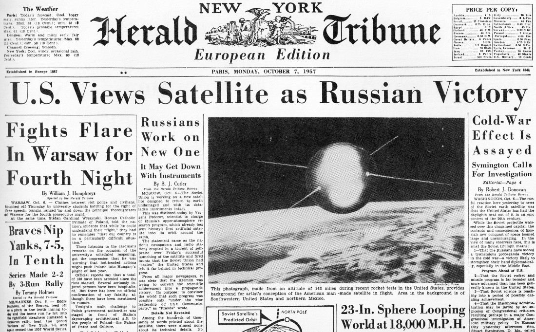 Bubble Chair-Sputnik and Sphere Looping World- 1957 Newspaper