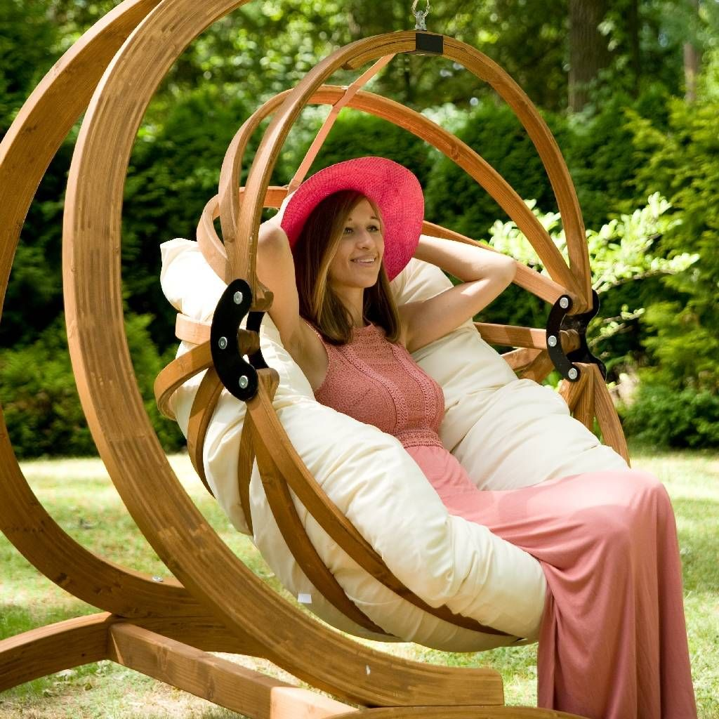 luxury-wooden-egg-basket-swing-with-stand-extra-thick-and-comfy-cushion