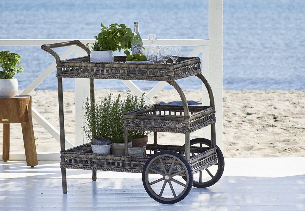 Garden-Bar-Cart-rustic-suitign-evelyn-swing-chair