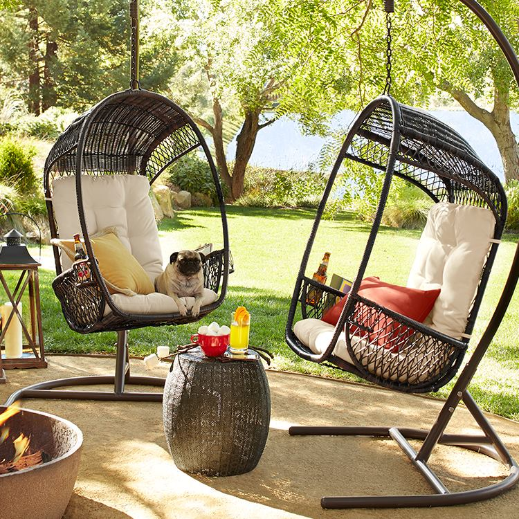 swingasan chairs-with drinkholder stands and the dog