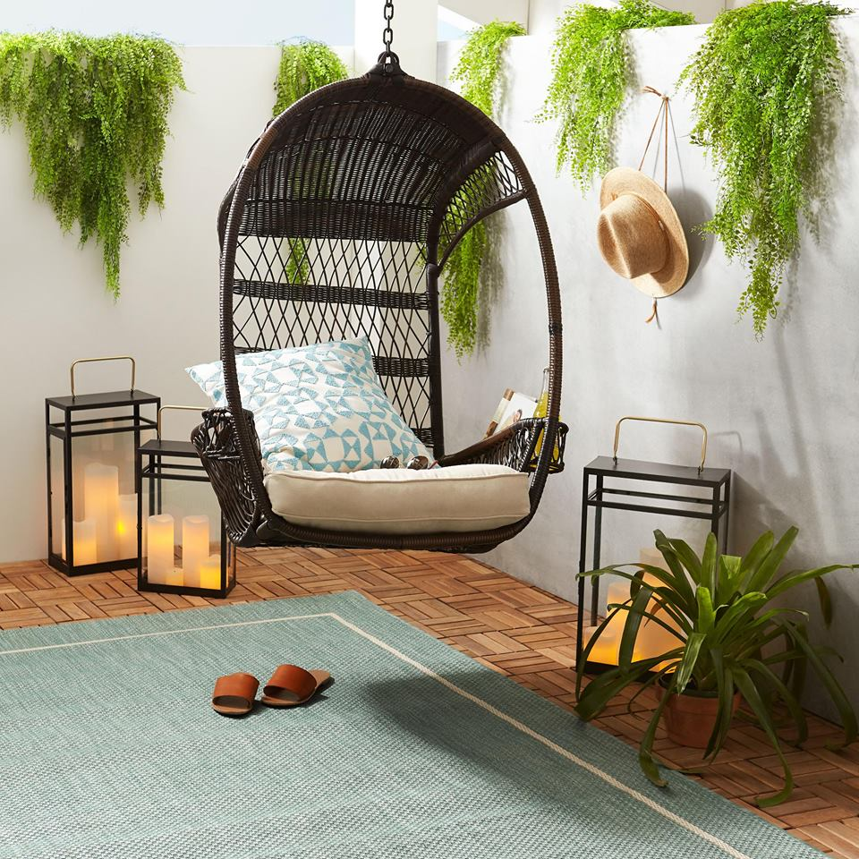 swingsan-living-room-by-pier1