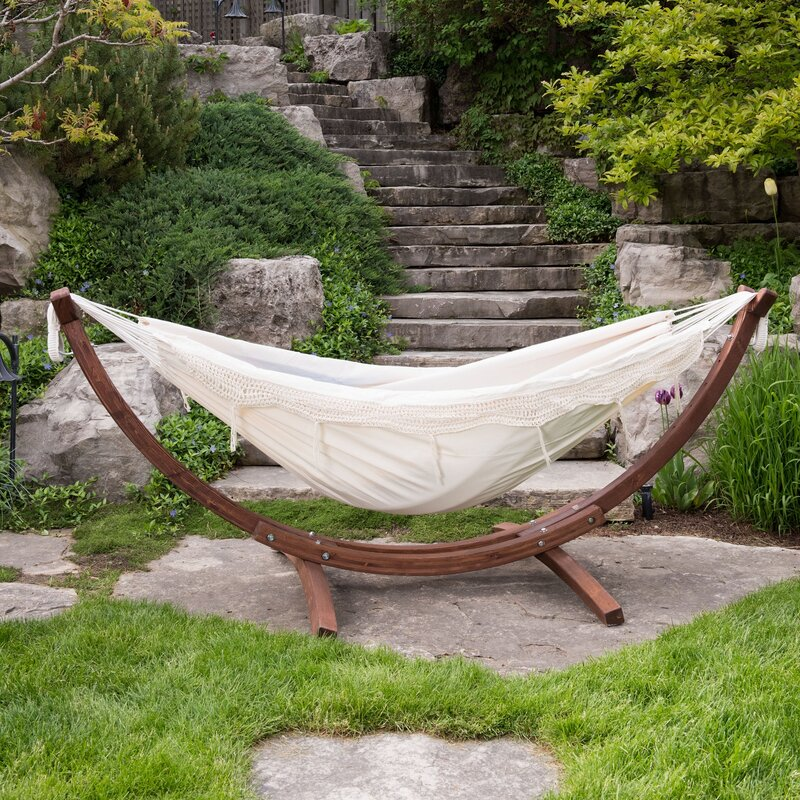 Holyoke-Double-Hammock-with-Stand-chaise-lounger