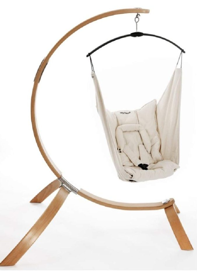 Set-Baby-Hammock-made-of-Organic-cotton-with-wooden-stand