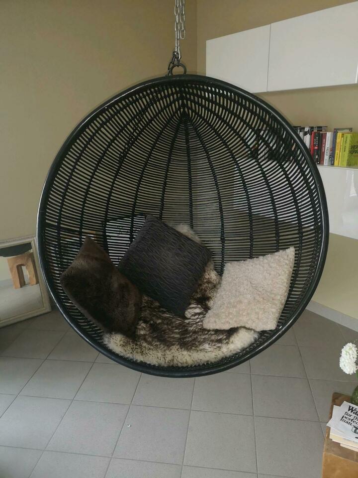 hanging-bowl-chair-black