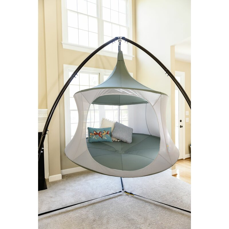 TreePod-hanging-tent-with-sturdy-stand