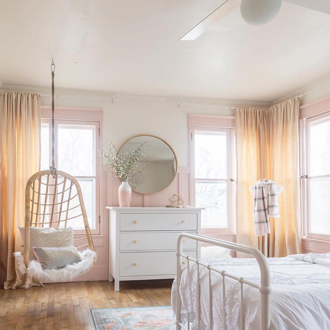 teen-bedroom-with-swing-idea
