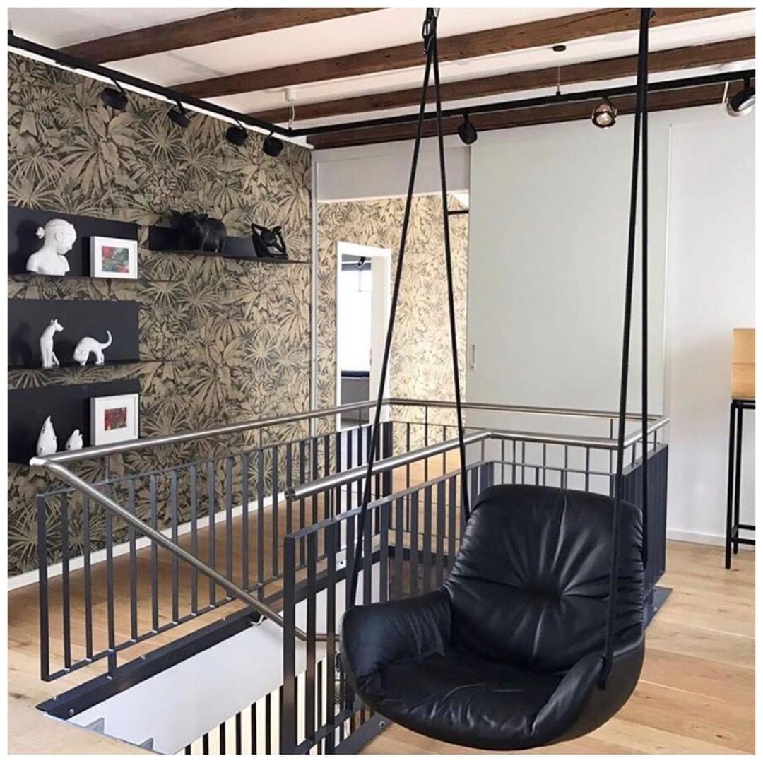 black-leader-hanging-seat-designer-swing-chair-by-freifrau