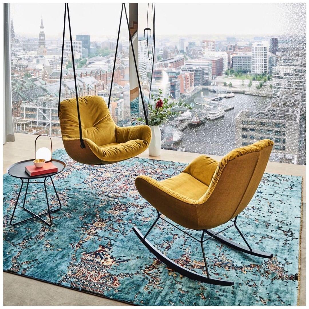 yellow-swing-seat-in-a-luxury-living-room-freifrau-manufactur