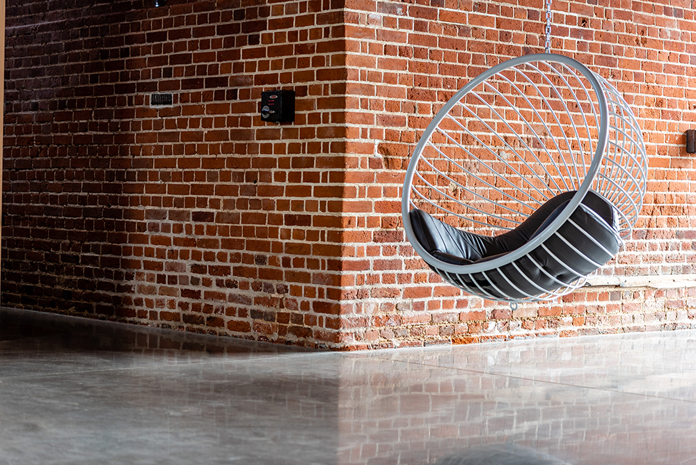 Ben Rousseau -steel-bubble-chair